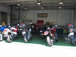 講習者のバイクたち